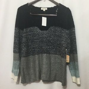 Taylor and Sage V-Neck Sweater Size Large